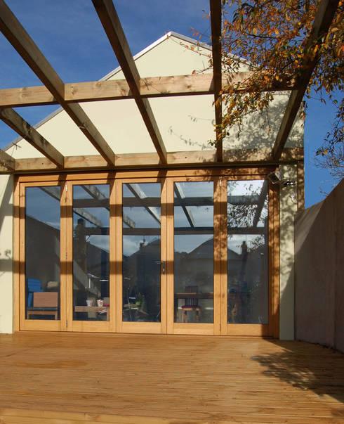 Artist's Studio, Bristol:  Terrace by Emmett Russell Architects