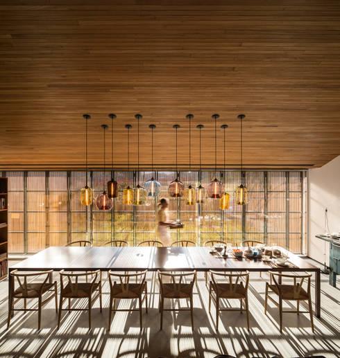 Studio MK27: modern tarz Yemek Odası
