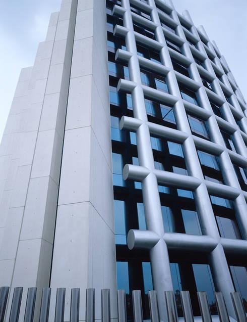 de estilo  por Sordo Madaleno Arquitectos