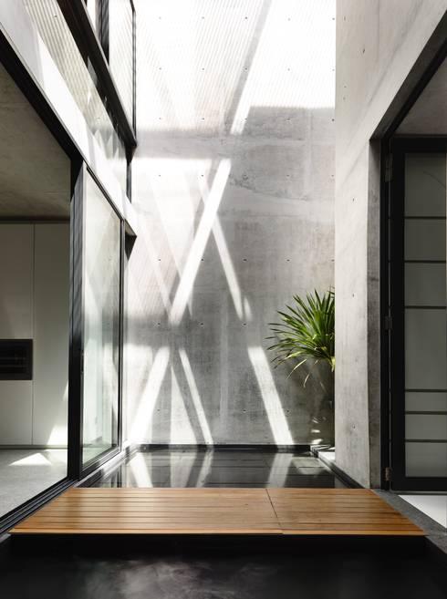 Muren door HYLA Architects