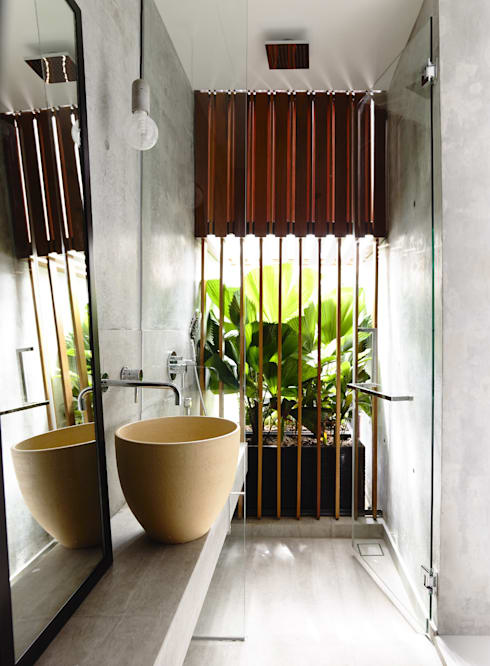 modern Bathroom by HYLA Architects