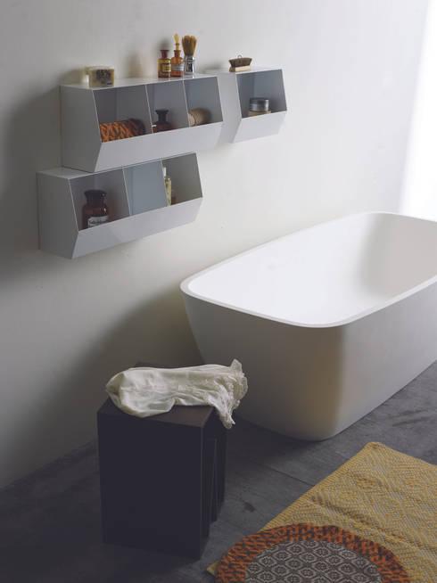 CONTAINER: Bagno in stile  di michela catalano design studio