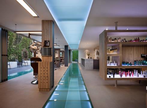 SG LOMAS: Estudio de estilo  por Micheas Arquitectos