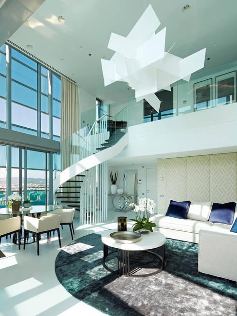 Wohnzimmer von Molins Interiors