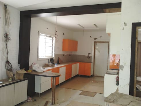 Khan's:  Houses by NAQSHA Design Solutions