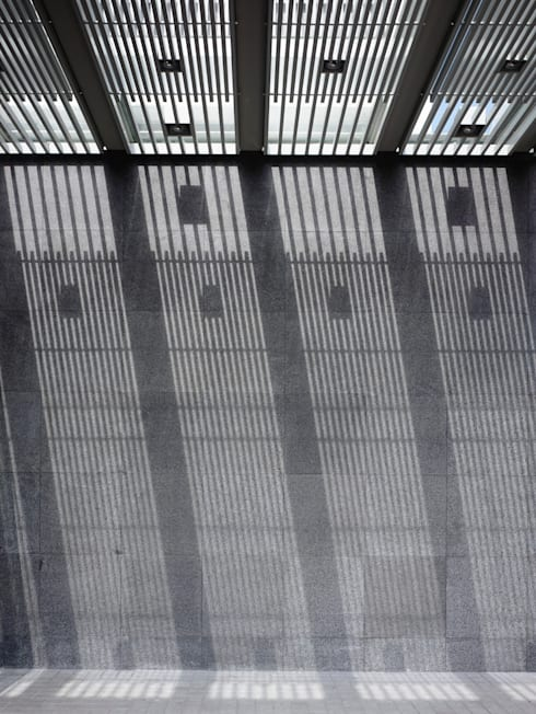 HYLA Architects의  벽