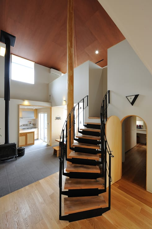 N-house:  Ishimori Architectsが手掛けたリビングです。