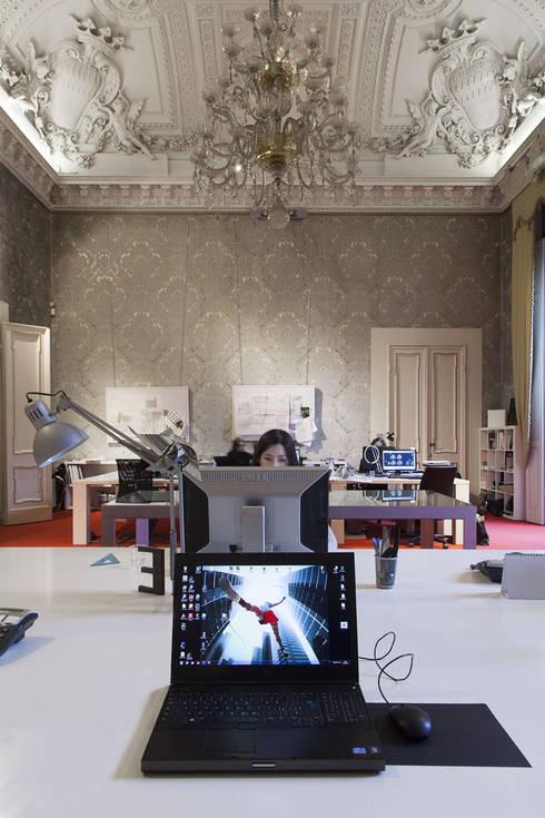 Study/office by Giraldi Associati Architetti