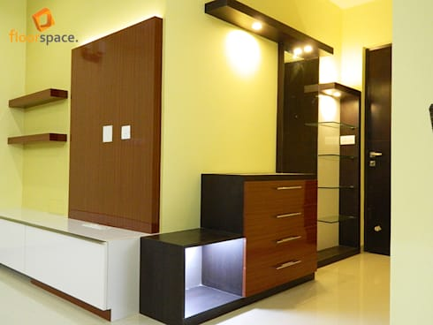 Project Aspire: modern Corridor, hallway & stairs by Floorspace