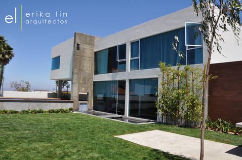 Residencia Cumbres de Juarez:  de estilo  por EL arquitectos