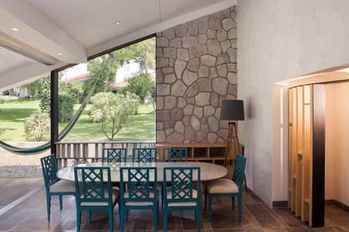 Remodelacion Casa Cuernavaca: Comedores de estilo moderno por Taller David Dana Arquitectura