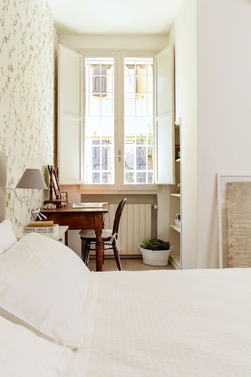 klassische Schlafzimmer von Tommaso Bettini Architetto