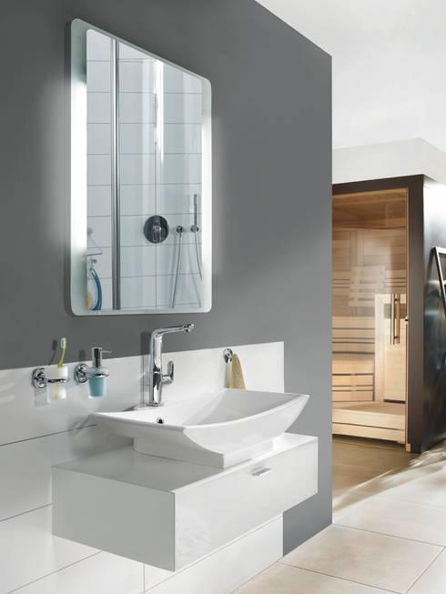 badspiegel ambiente di schreiber licht design gmbh homify. Black Bedroom Furniture Sets. Home Design Ideas
