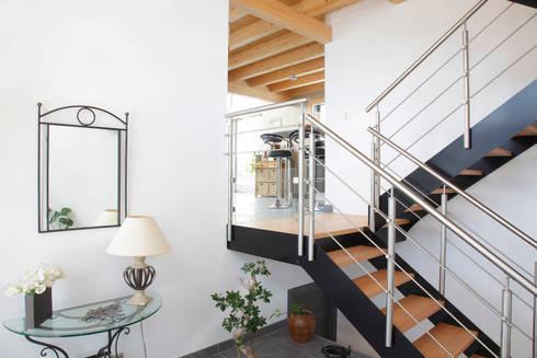maison bois poteau poutre par myotte duquet habitat homify. Black Bedroom Furniture Sets. Home Design Ideas
