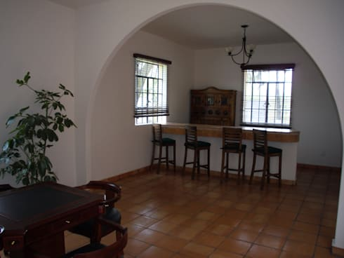 Remodelacion  y Restauracion Casa Lecheria: Salas de estilo rústico por JRK Diseño - Studio Arquitectura