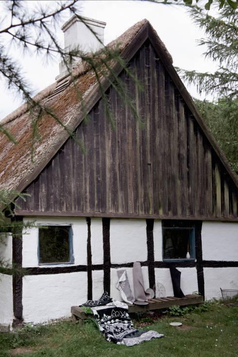 rustikale Häuser von Fabulous Goose