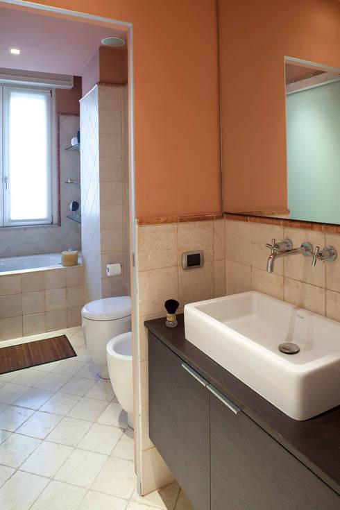 Mini Appartamento : Case in stile  di Studio Architettura e Design Giovanna Azzarello