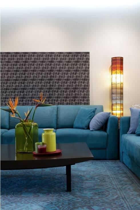Lounge Styled Duplex Residence: modern Living room by  Ashleys