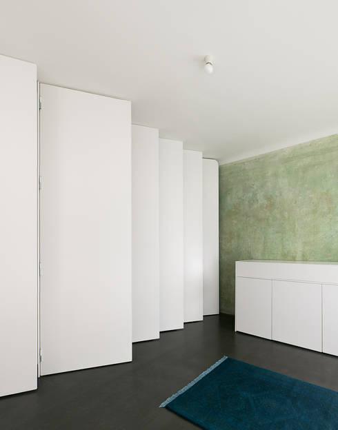 MINI-APPARTEMENT, BERLIN REALISIERUNG - 2014:   von JAN RÖSLER ARCHITEKTEN