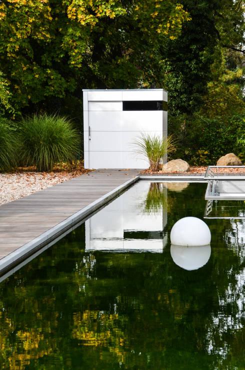 gartenhaus @gart zwei - München:  Garage & Schuppen von design@garten - Alfred Hart