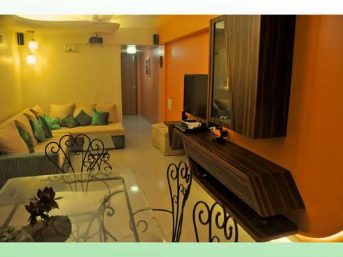 Residence in Lokhandwala: modern Bedroom by Design Kkarma (India)