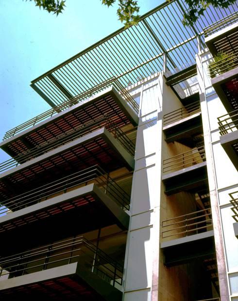 Tokio 65:  de estilo  por Central de Arquitectura