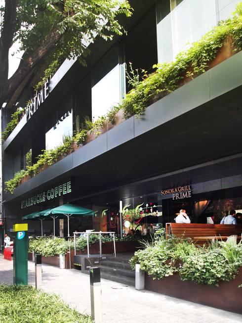 Urban Center Condesa:  de estilo  por Central de Arquitectura