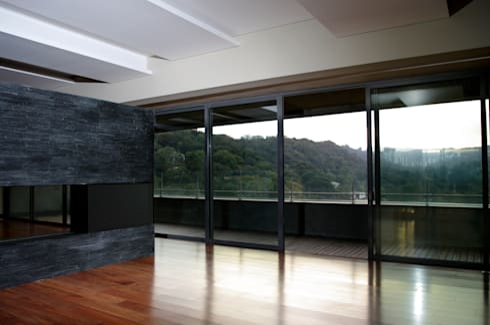 Sala Comedor: Salas de estilo moderno por ArquitectosERRE
