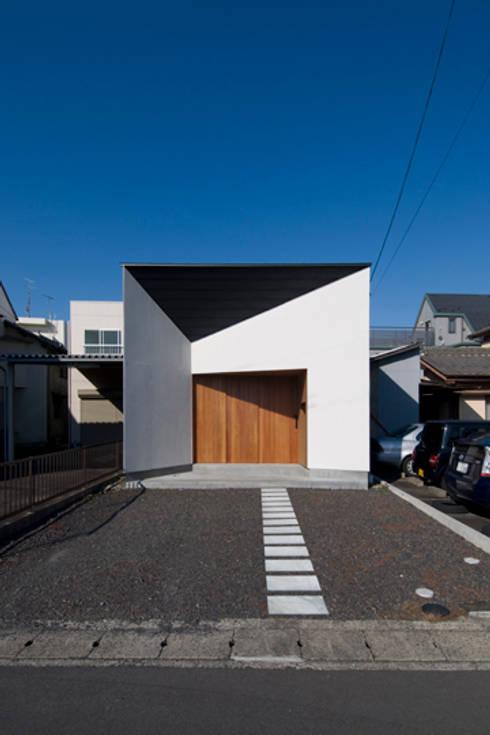 Casas  por スペースワイドスタジオ