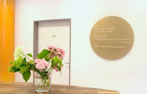 arztpraxis f r pr natal diagnostik nach feng shui gestaltet by architektur la feng shui homify. Black Bedroom Furniture Sets. Home Design Ideas