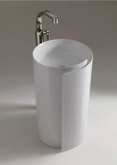 Bathroom تنفيذ Ceramica Flaminia
