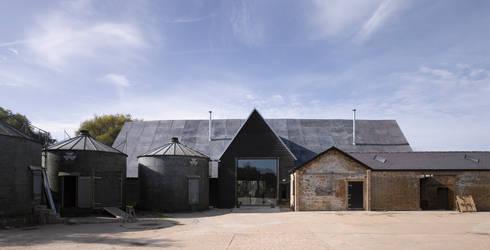 Feering Bury Farm Barn : industrial Houses by Hudson Architects