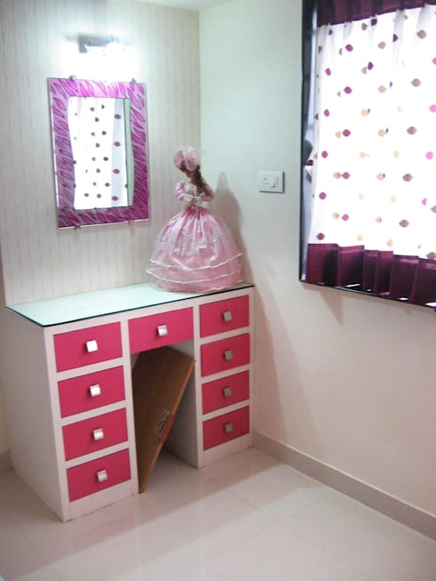Teen age girl room:  Bedroom by 4D The Fourth Dimension Interior Studio