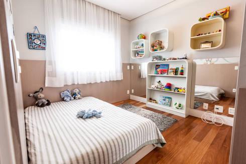 Jd. Marajoara: Quarto infantil  por Tikkanen arquitetura