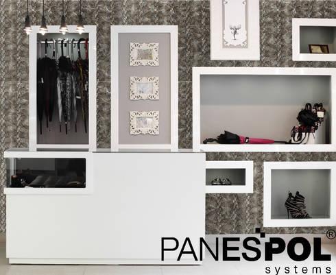 Aythana: Paredes de estilo  por PANESPOL, Surface Lovers