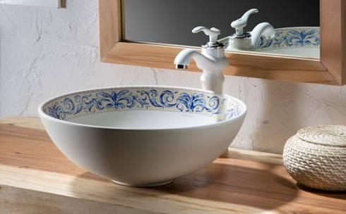 Lavabos de porcelana sobre encimera decorados de bathco de for Lavabos de porcelana
