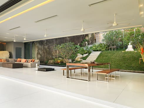 Villa Amanzi: modern Dining room by Original Vision