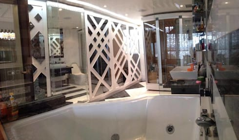Master Bathroom: asian Houses by Oui3 International Limited