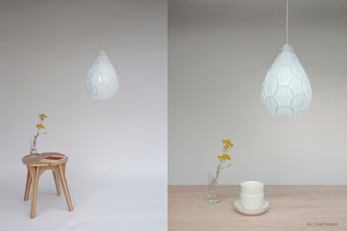 Airy Small Pendant: modern Living room by 24° Studio