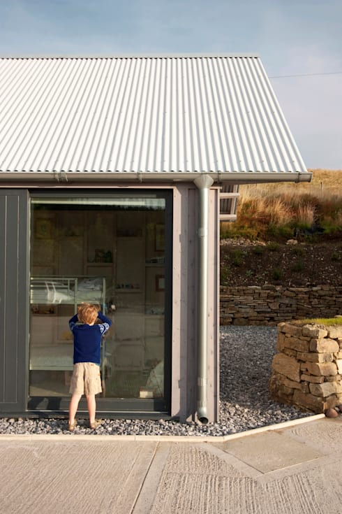 New Barn—Felindre:  Office spaces & stores  by Rural Office for Architecture