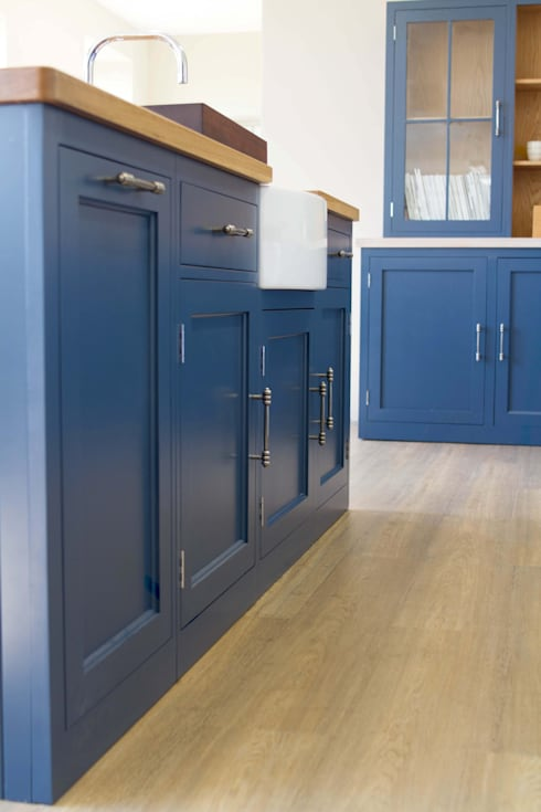 Tailored Functional Cabinetry: country Kitchen by NAKED Kitchens