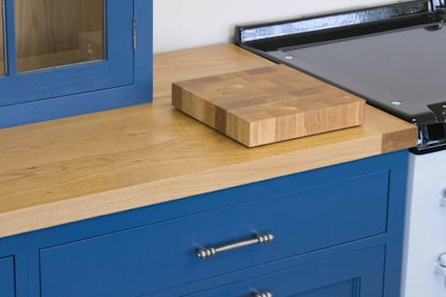 End Grain Chopping Block: country Kitchen by NAKED Kitchens