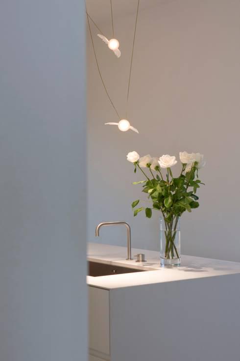 Una casa a Rivalta: Case in stile  di Archimoon