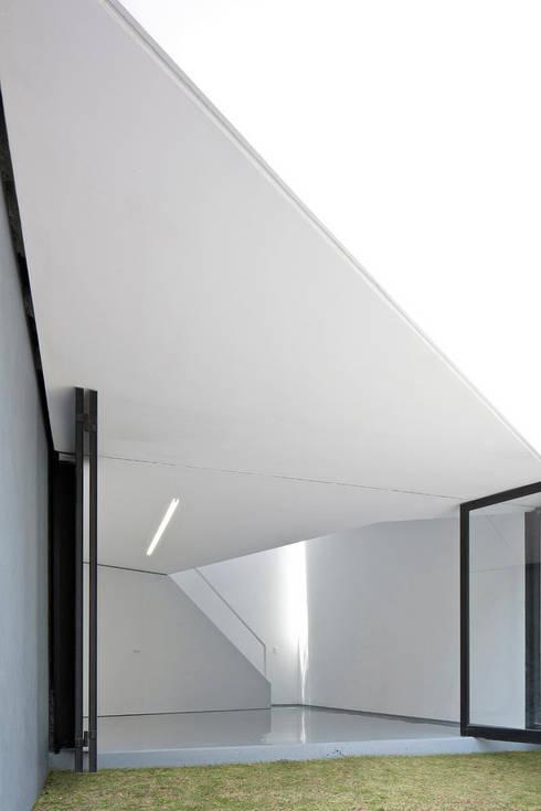 von FRENTE arquitectura