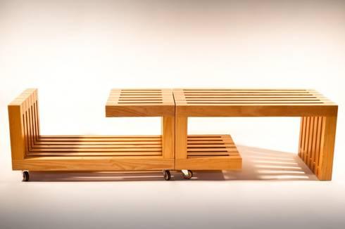 MESA +-: Salas de estilo moderno por gOO Arquitectos