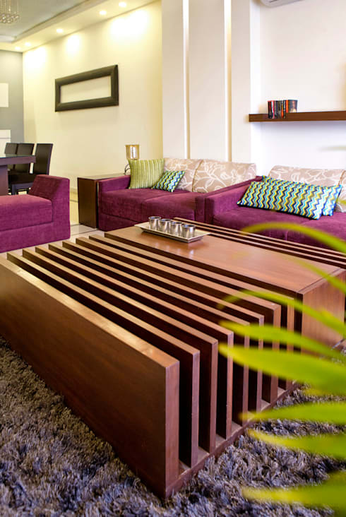 Living Room:  Houses by Studio An-V-Thot Architects Pvt. Ltd.