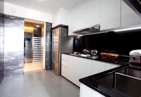 BTO Bukit Panjang: modern Kitchen by VOILÀ Pte Ltd