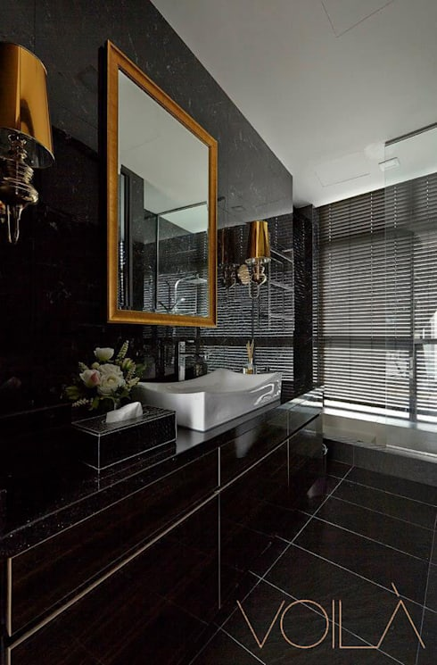 Bathroom by VOILÀ Pte Ltd