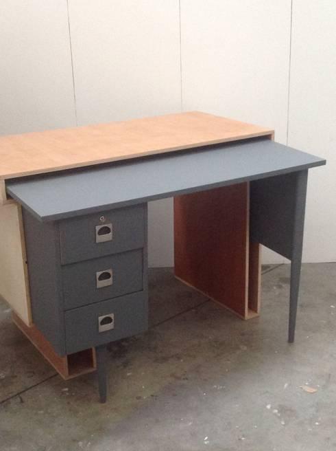 bureau gigogne di mademoiselle fabrique homify. Black Bedroom Furniture Sets. Home Design Ideas