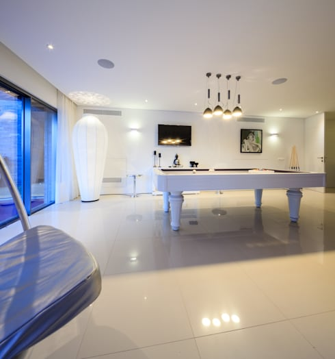 Golfe Leste – Lote n.º 15 – Quinta do Lago: Casas  por JSH Algarve – Arquitectura